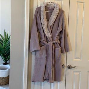 Ulta plush robe